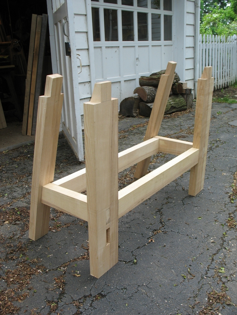 Might Wood Plans More Traditional Woodworking Bench