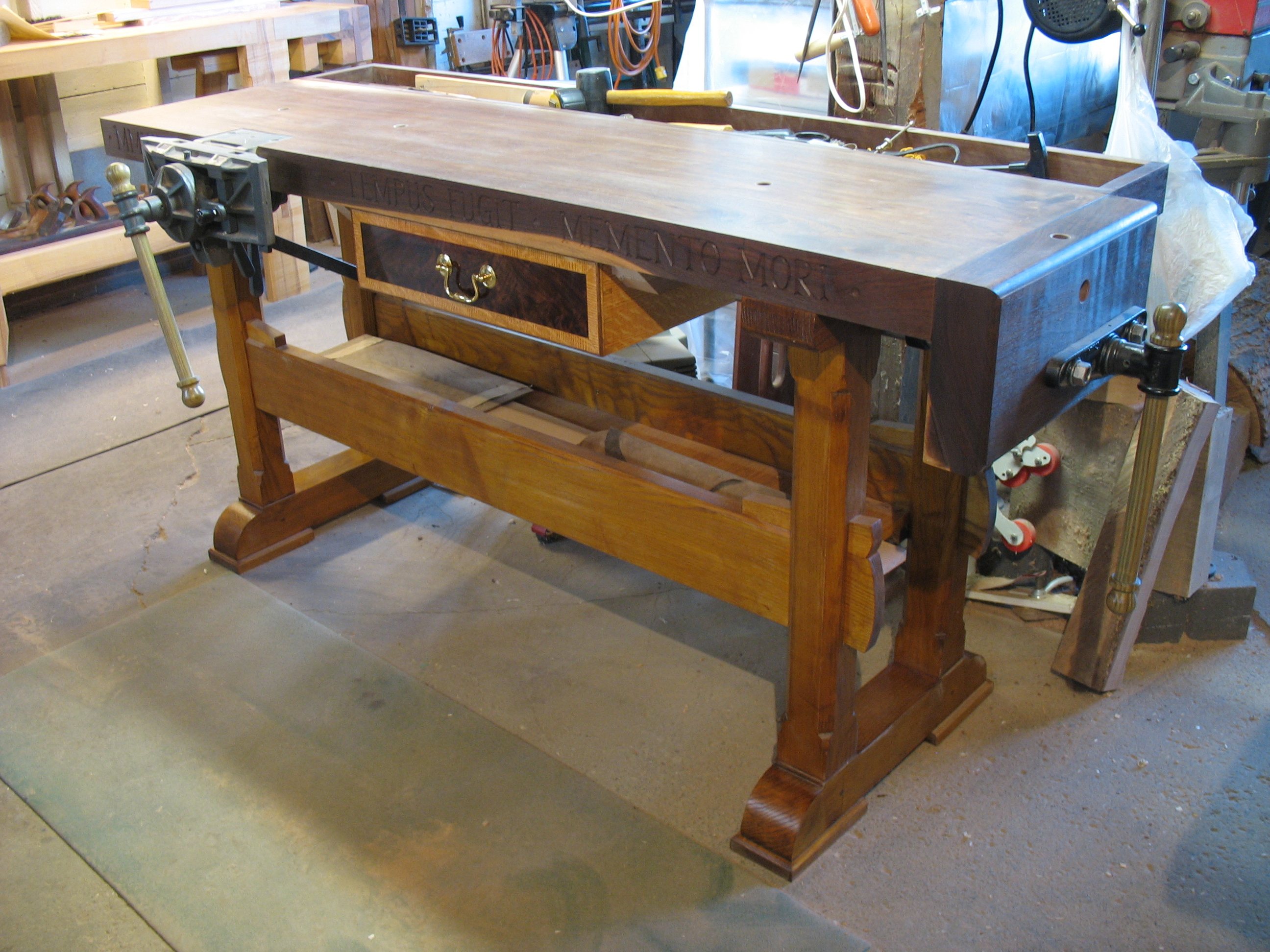 Strange A Single Plank A Wide And Steady Stance A Woodworkers Dailytribune Chair Design For Home Dailytribuneorg