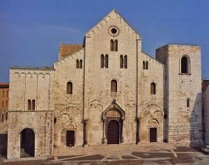 Bari-Basilica-Nicola-BR800