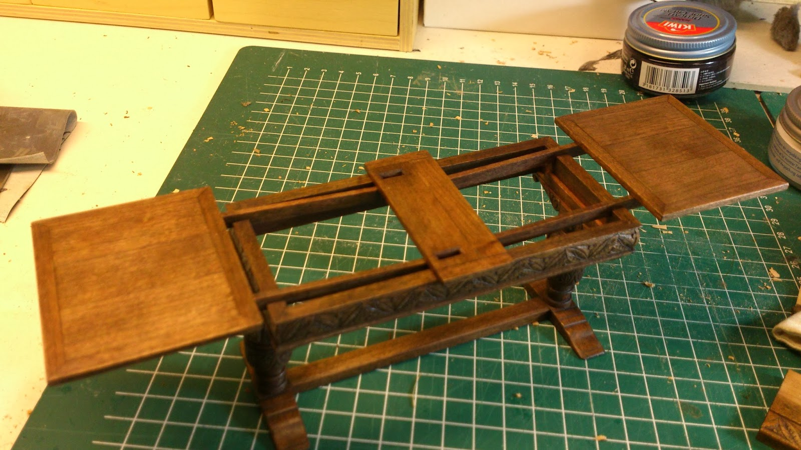 draw leaf tables (dutch pull outs, too) – more about how they work